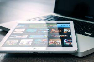 app-entertainment-ipad-mockup