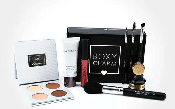 What a Cosmetic Entrepreneur Can Achieve Using Custom Cosmetic Boxes