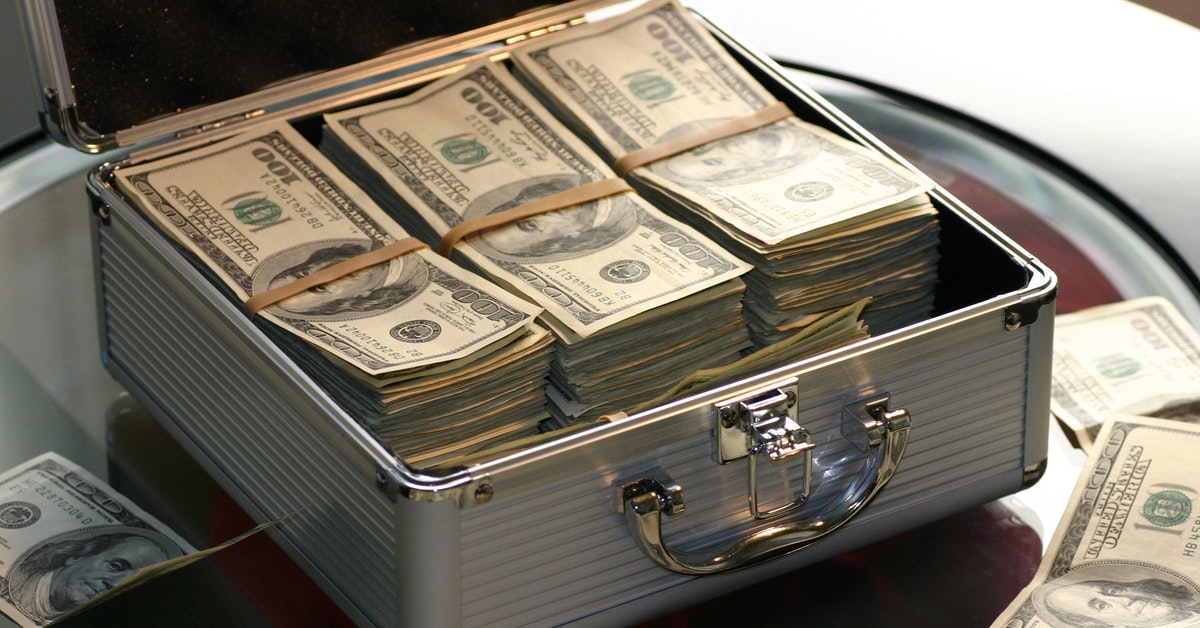 How to Make Quick Money Illegally?